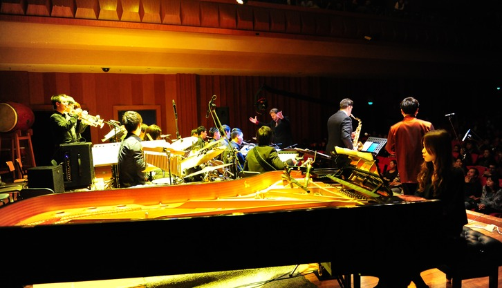 ERIC, PAUL, and the SCOM Jazz Ensemble performing FANTASIA ON KANG DING LOVE SONG